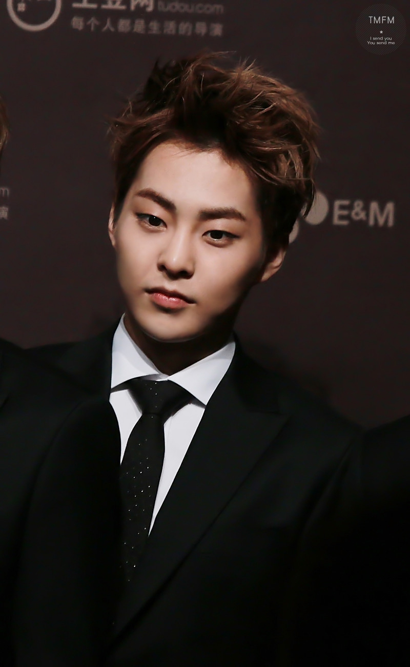 [HQ PICS] 131122 Xiumin + others – MAMA 2013 red carpet ...