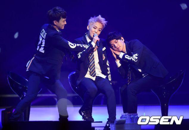 [NEWS PHOTOS] 140415 XIUMIN – EXO Comeback Showcase – iXiumin